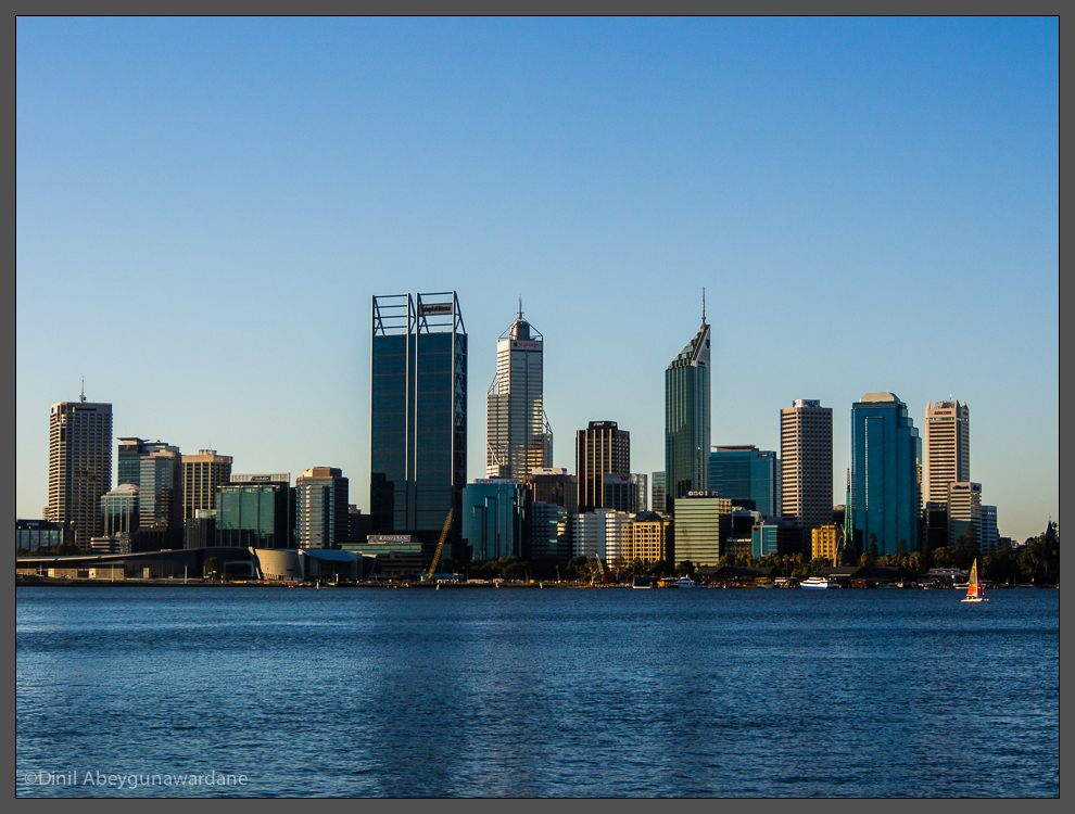 _DVA0165_south_perth_foreshore